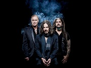 4/17 THE WINERY DOGS